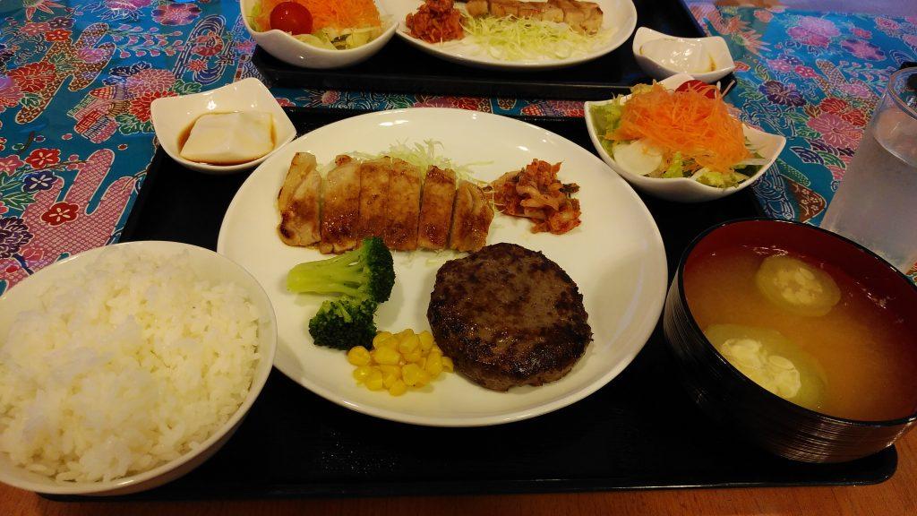 パイヌシマコーラルリゾートフィッシュの夕飯は石垣牛ハンバーグ